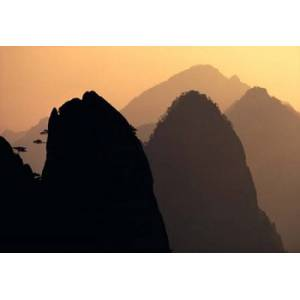 Posterazzi PDDAS07RER0004 China Huangshan Mountains Sunlight Poster Print by Ric Ergenbright Danitadelimont - 34 x 24 in.
