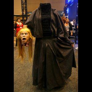 Distortions Unlimited DU1528 Headless Helga Costume