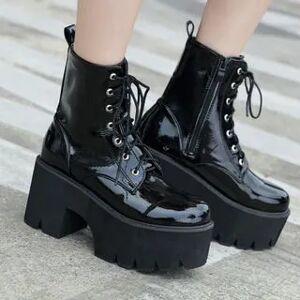 Anran Lace-Up Platform Chunky Heel Short Boots