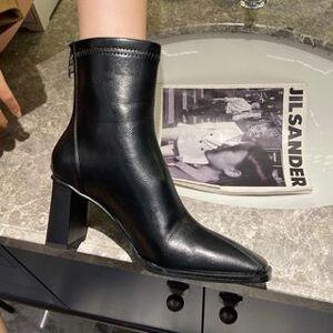 Anran Plain Chunky Heel Short Boots