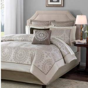 Madison Park Tiburon Collection MP10-118 12 Queen Size Piece Complete Bed Set with Transitional Life Style  Made of 100 Percent Polyester and Medallion Motif in