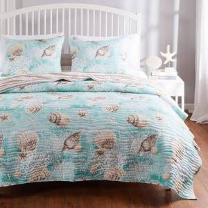 Barefoot Bungalow Ocean Turquoise Quilt Set by Barefoot Bungalow in Turquoise (Size 3PC FULL/QU)